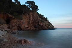 Cala Giverola (Albert T M) Tags: calagiverola giverola tossademar laselva platja cala llargaexposició costabrava costabravasud mediterrani capvespre atardecer catalunya catalonia catalogne cataluña