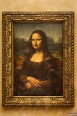 "La mythique ""Joconde"" (capteur de souvenirs) Tags: lajoconde joconde monalisa peinture leonarddevinci leonardodavinci portrait"