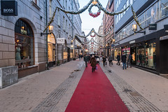 Stockholm shoppen (dronepicr) Tags: freedom old town architektur landschaft shopping allgemein city geotagged vacation einkaufsstrase natur snow sweden reise shoppen freiheit schweden parc travel urlaub architecture island trip stockholm winter skyline insel schnee oldtown stockholmslän se foto photo
