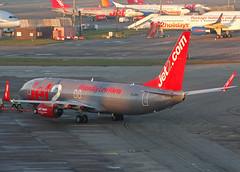 G-JZHJ Boeing 737-800 of Jet2 (SteveDHall) Tags: aircraft airport aviation airfield aerodrome aeroplane airplane airliner airliners manchester manchesterairport ringway 2017 exs ls channex jet2 b737 b738 b737800 737 737800 738 boeing737 boeing737800 boeing gjzhj