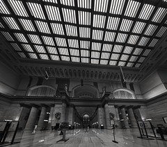 Chicago Union Station (Jovan Jimenez) Tags: chicago union station mono black white bw monochromic monochrome inside interior pano panorama autopanopro autopano giga pixel hdr train transporation sony ilce 6500 emount 12mm f28 a6500 alpha zeiss carl touit architecture transit public kolor nik collection silver effects pro gray metra amtrak