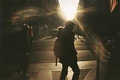 * (Gwenaël Piaser) Tags: paris january 2017 agfa 200asa 200iso iso200 color negative film negatif couleur c41 agfaphoto200 vista vistaplus agfavista agfa200 agfaphoto agfavista200 unlimitedphotos gwenaelpiaser konicahexaraf konicahexar konica hexar analog photography argentique 135 24x36 fullframe compact pointandshot hexanon35mmf20 hexanon 35mm parigi france francia îledefrance january2017 street rue city backlight contrejour