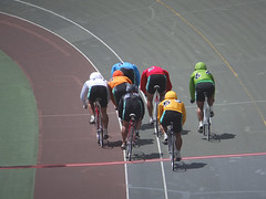 Sunny Track Action @ Nara Keirin. Nara, Japan. (kinkicycle.com) Tags: bicycle sport japan race japanese cycling track bikes bicycles cycle fixed fixedgear nara pista velo velodrome trackbike piste njs trackcycling
