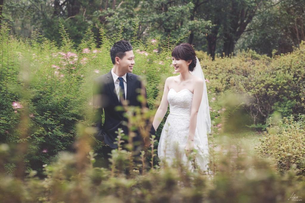 Pre-Wedding,自助婚紗,台北婚紗,亞倫攝影,Evelyn,大同大學,台北市花卉,小櫥窗,晴天婚紗