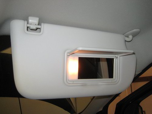 2013-2016 Ford Escape Sun Visor   Vanity Mirror Light - Changing Bulb - a  photo on Flickriver a8ddf70f784