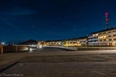 Die Uferpromenade auf Helgoland (hiesth1) Tags: urlaub orte ereignisse nachtaufnahme helgoland 2015 strandpromenade nordseekste