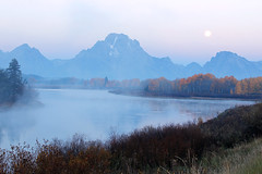 Moon Setting Just Before Sunrise (Robert F. Carter Travels) Tags: mountains oxbowbend mountmoran mtmoran grandtetonnationalpark thegrandtetons nationalpark nationalparks moon moons moonset landscape mountainscape crookedtreeartscenter crookedtreephotographicsociety petoskeyphotographyclub petoskeycameraclub