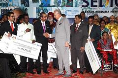 Majlis penyampaian geran SEDIC kepada NGO kaum India.5/11/15 PWTC. (Najib Razak) Tags: pm primeminister ngo pwtc 2015 majlis kepada kaum geran sedic perdanamenteri penyampaian najibrazak india51115