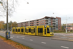 Middenweg - Amsterdam (Netherlands) (Meteorry) Tags: holland public netherlands dutch amsterdam yellow jaune october europe transport nederland siemens tram billboard east commercial streetcar 13g transportencommun tramway paysbas est noordholland middenweg oost livery combino watergraafsmeer 2015 meteorry publique jdsports demeer voorlandpad gvb2095