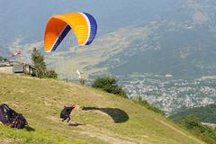 Sarangkot Paragliding (Poxxel) Tags: nepal paragliding sarangkot