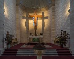 Bad Klosterlausnitz - Klosterkirche (berndtolksdorf1) Tags: deutschland thüringen saaleholzlandkreis kirche klosterkirche sakralbau altarraum kreuz