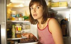 9 أطعمة إبتعدي عنها قبل النوم! (Arab.Lady) Tags: 9 أطعمة إبتعدي عنها قبل النوم
