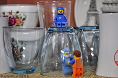 Ahhh Help! I'm trapped! :O (parik.v9906) Tags: help helping sitting friends friend plate free roam fun minifigures minifigure 365project project days 365days 365 trap ☕️ kitchenware glass cups apple d90 nikon life real kitchen lightbox ipad minifig legos lego legolegos