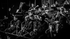 Bob Sands Big Band en el Café Berlín (pepoexpress - A few million thanks!) Tags: nikon d610 d61024120mmf4 nikond610 24120mmafs pepoexpress concert bigband brassband jazzband jazz bw bobsands bobsandsbigband caféberlín madrid