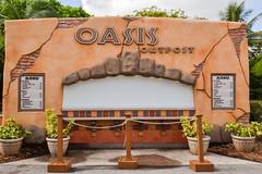 Oasis Outpost - Closed (MarkusR.) Tags: mrieder markusrieder nikon vacation urlaub fotoreise phototrip usa 2015 usa2015 florida sunshinestate sonnenscheinstaat zoo miami oasis outpost