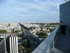 Sky bar, Melia La Defense, Paris (ffotografica) Tags: skybar melialadefense paris courbervoie latoureiffel eiffeltower city view ladefense