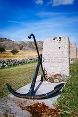 The grave of Gorch Fock (Robert Anders) Tags: 2970 anchor anker ccby creativecommons eos6d gorchfock grab grabstein grave scandinavia schweden sigma35mmf14dghsm skagerrak skandinavien skerries sommer stensholmen summer sweden swe