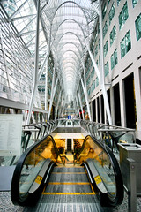 The world underground (Irina Souiki) Tags: toronto mall architect calatrava bceplace