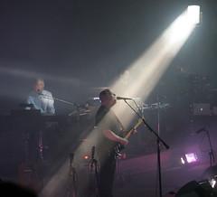 Spotlight on David Gilmour (*Firefox) Tags: uk deleteme5 deleteme8 deleteme deleteme2 deleteme3 deleteme4 deleteme6 london deleteme9 deleteme7 royalalberthall saveme saveme2 saveme3 deleteme10 davidgilmour 300506