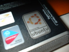 Powered by Ubuntu Linux (Sticker)