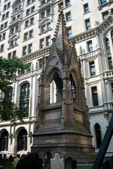 Trinity Church - Memorial for Unknown Revolutionary War Heroes by wallyg, on Flickr