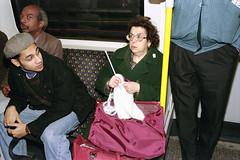 Circle Line, 1994 (David Solomons) Tags: london underground knitting streetphotography vs spade davidsolomons