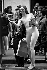 NEW YORK-Chica en Wall Street 1 / Girl woman in Wall St. (ikimilikili-klik) Tags