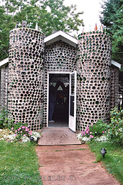 bottle house I