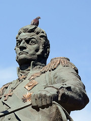 Deep-rooted hatred (AlexRK) Tags: sculpture monument statue bronze pigeon dove hatred bagration