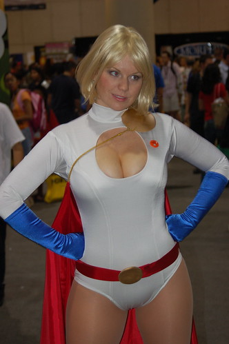 Comic Con 2006: Power Girl