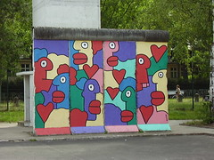 Piece of the Berlin Wall painted by Thierry Noir at the AlliiertenMuseum (Allied Museum) (a3rynsun) Tags: berlin art wall museum germany painting deutschland noir thierry bundesrepublik authentic alliiertenmuseum allied