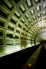 foggy bottom (monitorpop) Tags: canon subway washingtondc metro tunnel 5d 24mm foggybottom 24l
