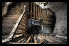 Abandoned in SF (Simon Christen - iseemooi) Tags: sanfrancisco favorite abandoned topf25 id hdr instantfave pp31