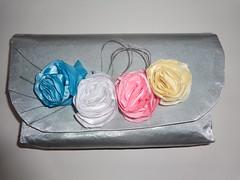 Carteira Mariana - tecido com flores de cetim (Costurinhas da Sueli - Festejando 7 anos) Tags: flores carteira casamento festa tecido cetim