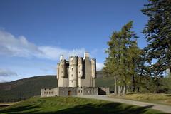 Braemar Castle (Teuchter Prof) Tags: castles scotland aberdeenshire braemar jacobites scottishcastles braemarcastle britishcastles