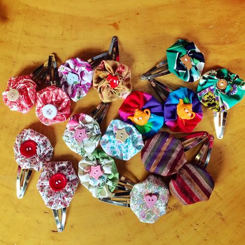 Yo-Yo Hairclips. This week's sewing class project :)