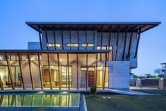Загородный особняк в Малайзии от Eleena Jamil Architect
