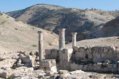 Pella (Decapolis City) - Tabaqat Fahl - Jordan - Umayyad Settlement (jrozwado) Tags: ruins asia jordan islamic pella umayyad الأردنّ بيلا πέλλα