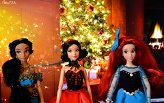 (AlexandraBonn) Tags: ariel disney dolls jasmine snowwrite newyear