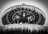 Les températures baissent... (Janick Lanier) Tags: bw janicklanier stalactites fontaine fontain noiretblanc icecles