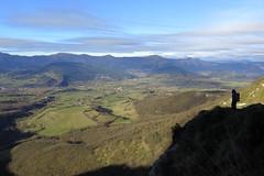 Valle de Mena (Begoña Fernández) Tags: mena valledemena burgos valledelosa losa castrogrande complacera túneldelacomplacera montesdelapeña sierradecarbonilla