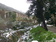 Le couvent Mar-Abda. (Gilbert-Noël Sfeir Mont-Liban) Tags: kesserwan montliban winter schnee liban couvent kloster convent hiver neige snow