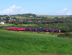 153325 & 150106 near Wheal Busy, Chacewater (Marky7890) Tags: train cornwall railway sprinter dmu class153 fgw 150106 supersprinter class150 chacewater 153325