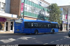 6560 (northwest85) Tags: new color bus metro broadway scania metrobus crawley lkg 6560 omnicity yn07 yn07lkg