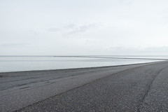 Alles grau (duesentrieb) Tags: germany landscape deutschland grey grau infrastructure coastline norddeich landschaft seashore dike küste infrastruktur deich niedersachsen lowersaxony