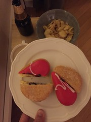 Snacks 14/10 (Atomeyes) Tags: chips mat dunkindonuts öl munkar