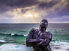 Smug Mug (Manny Esguerra) Tags: beach outdoors landscapes sculpturebythesea sculptures