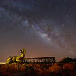 "Fuerteventura-Reserva-Starlight <a style=""margin-left:10px; font-size:0.8em;"" href=""http://www.flickr.com/photos/127607003@N02/23688873111/"" target=""_blank"">@flickr</a>"