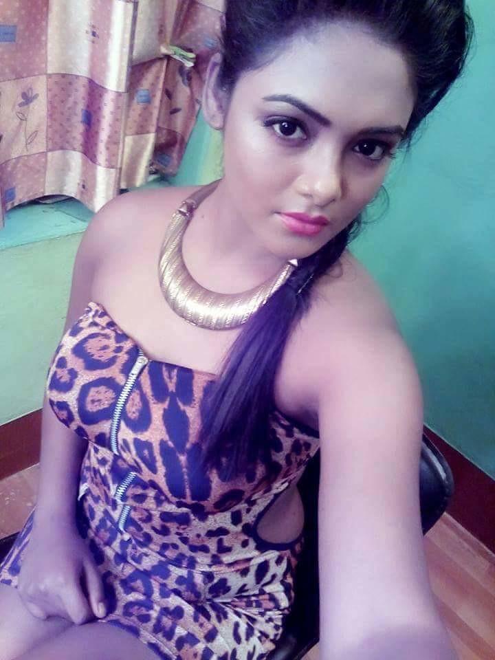 sexy girls beautiful photos Desi
