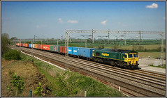 66502, Gordons Lodge (Jason 87030) Tags: dirft crick daventry gordonslodge ts lineside location northants bucks border wcml tracks lines frecht freight freightliner shed class66 frame 66502 wine 4l57 tilbury may 2008